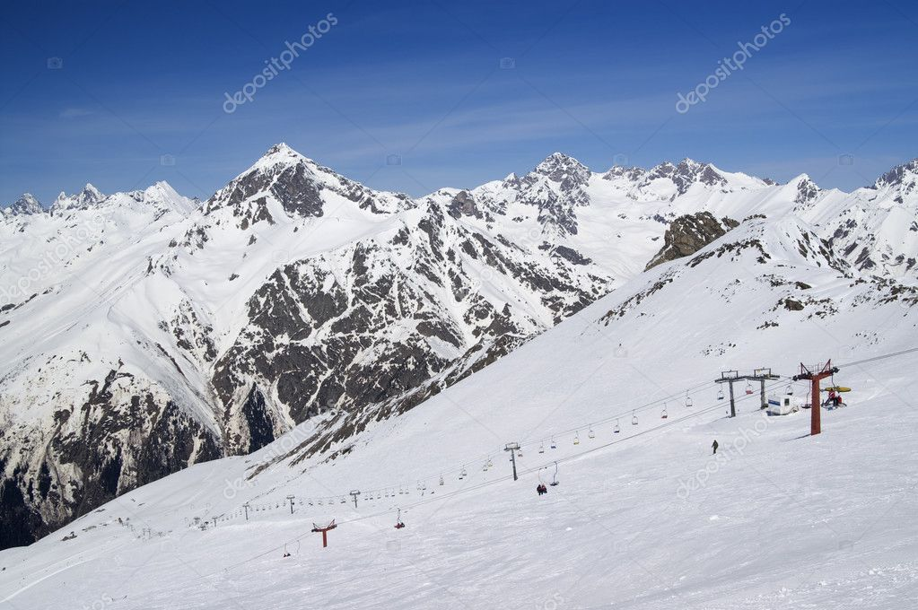 Ski slope. Caucasus Mountains, ski resort Dombay. — Stock Photo #7129244