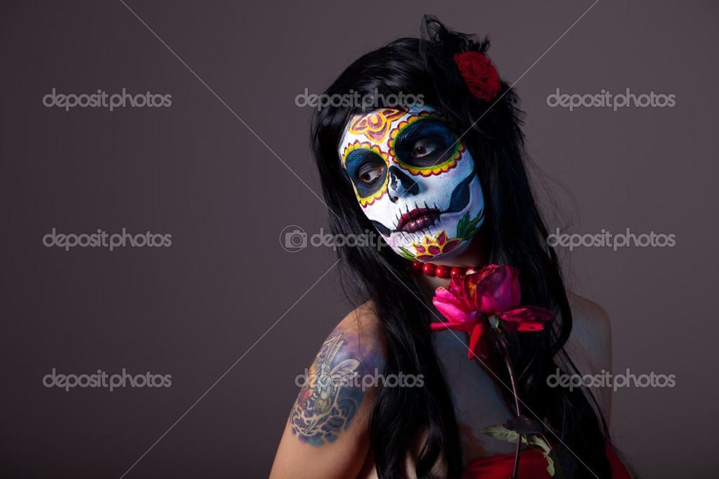 Sugar skull girl with red rose, professional body-art — Zdjęcie stockowe #7605745