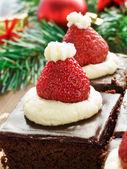 Santa hat brownies — Stock Photo