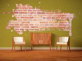 グリーン インテリア木製コンソールとスプラッシュ ホールと 2 つの豪華な椅子 — ストック写真