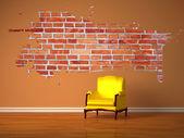 Sam luksusowy fotel i splash dziurę w minimalistyczne wnętrza — Zdjęcie stockowe