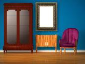Armário de mesa, espelho moderno e luxuosa cadeira — Foto Stock