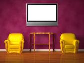 Duas cadeiras com console de madeira e lcd tv no interior roxo — Foto Stock
