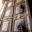 Ancient door of the church of the Holy Sepulcher, Jerusalem — Stock Photo