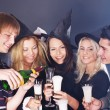 Group young at nightclub. — Stock Photo #7111169