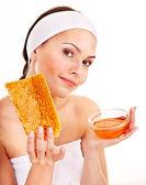 Máscaras faciais orgânicas caseiras naturais de mel. — Fotografia Stock