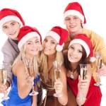 ομάδα νέων στην το καπέλο santa — Φωτογραφία Αρχείου #7843208