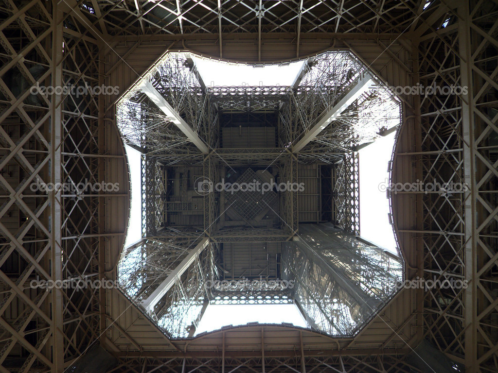 Unusual view inside the center of the Eiffel tower in Paris — Stock Photo #7129918