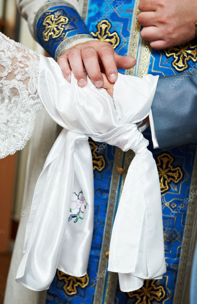 Close-up orthodox priest hands during God's blessing at church wedding ceremony — Stok fotoğraf #6947104