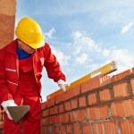 Construction mason worker bricklayer — Stock Photo