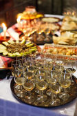 Serving champagne at a party — Stock Photo
