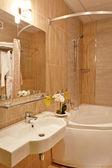 Salle de bain à l'hôtel — Photo