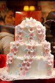 Wedding cake with white icing — Stock Photo