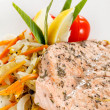 Salmon steak with vegetables — Stock Photo #6982708