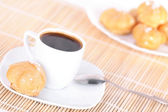 Cup of coffee and cakes — Stockfoto