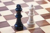 Siffror på schackbräde, kungar och drottning. — Stockfoto