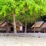 Huts on an ocean coast, Thailand — Stock Photo #7581508