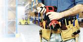 Trabajador en almacén — Foto de Stock