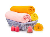 Towels, shell, candles and flower — Stock Photo
