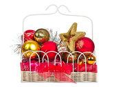 Weihnachts-dekorationen auf weißem hintergrund — Stockfoto