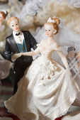 Figures of the bride and groom — Stock Photo
