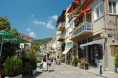 Veliko Tarnovo old town street - most popular touristic place in Bulgaria — Stock Photo
