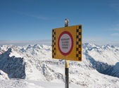 Safety in mountains. Ski resort Solden. Austria — Stock Photo