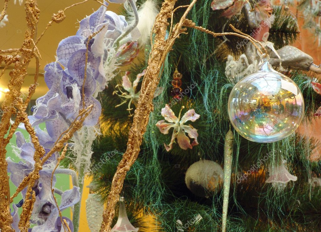 Colorful decoration of Christmas tree — Zdjęcie stockowe #7671713