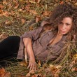 Outdoors portrait of beautiful colorful fall fashion woman — Foto de Stock