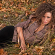 Outdoors portrait of beautiful colorful fall fashion woman — Stockfoto