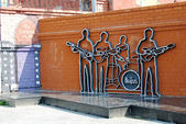 The monument to the Beatles, Ekaterinburg, Russia — Stock Photo
