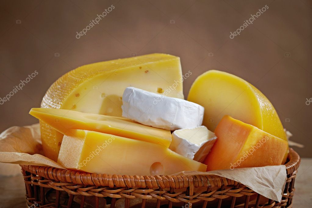 Various types of cheese — Stock Photo #6815008