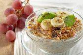 Muesli with fresh fruits — Stock Photo