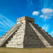 Mayan pyramid in Chichen-Itza, Mexico — Stock Photo #7341677