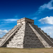 Mayan pyramid in Chichen-Itza, Mexico - 图库照片