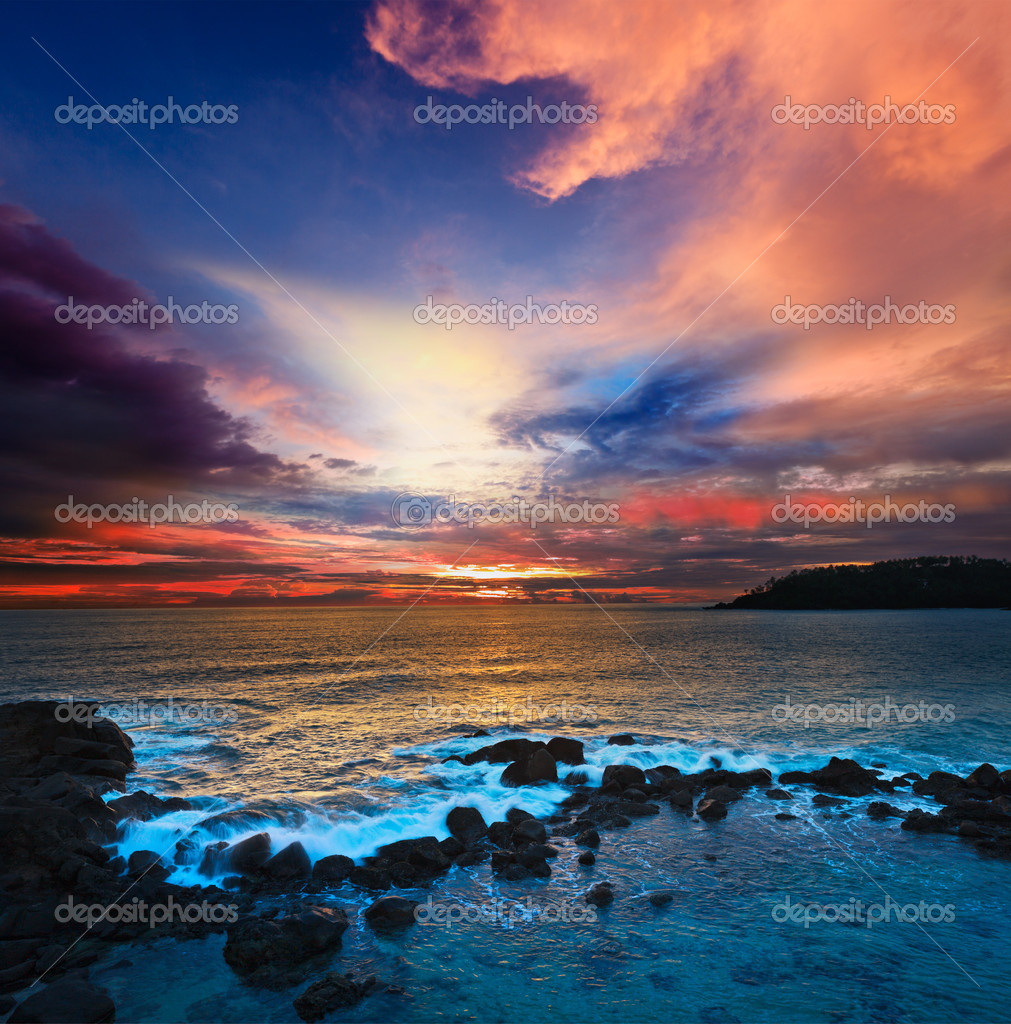Ocean sunset with great cloudscape — Stock Photo #7735441