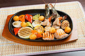 Seafoods with vegetable — Stock Photo