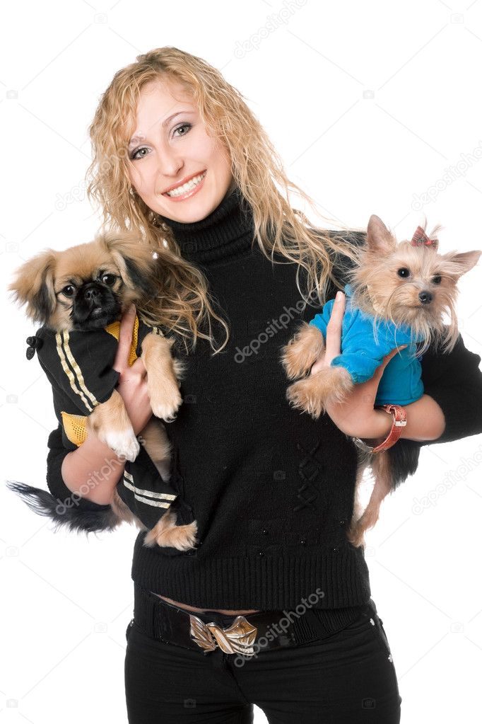 Portrait of joyful pretty blonde with two dogs. Isolated — Stock Photo #6916018