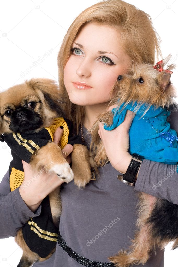 Portrait of pretty young blonde with two dogs. Isolated on white — Stock Photo #6916041