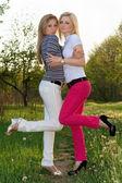 Two playful attractive blonde — Φωτογραφία Αρχείου
