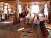 Interior in the ancient Ukrainian house — Stock Photo