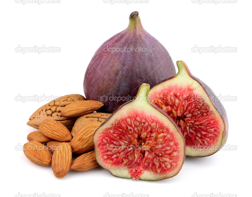 Sweet figs with nuts close up — Stock Photo #7162734