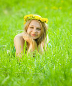 Girl in meadow — Stock Photo