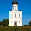 Church of Intercession on River Nerl — Stok Fotoğraf #7632205
