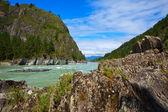 Rio de montanhas — Foto Stock