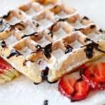 Belgian waffle — Stock Photo #7155996