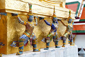 Giant in Wat Phra Kaeo, The Royal Grand Palace - Bangkok, Thaila — Stock Photo