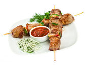 Tasty grilled meat, shish kebab — Foto Stock