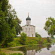 Church of the Intercession on the River Nerl — Stock Photo #6947704