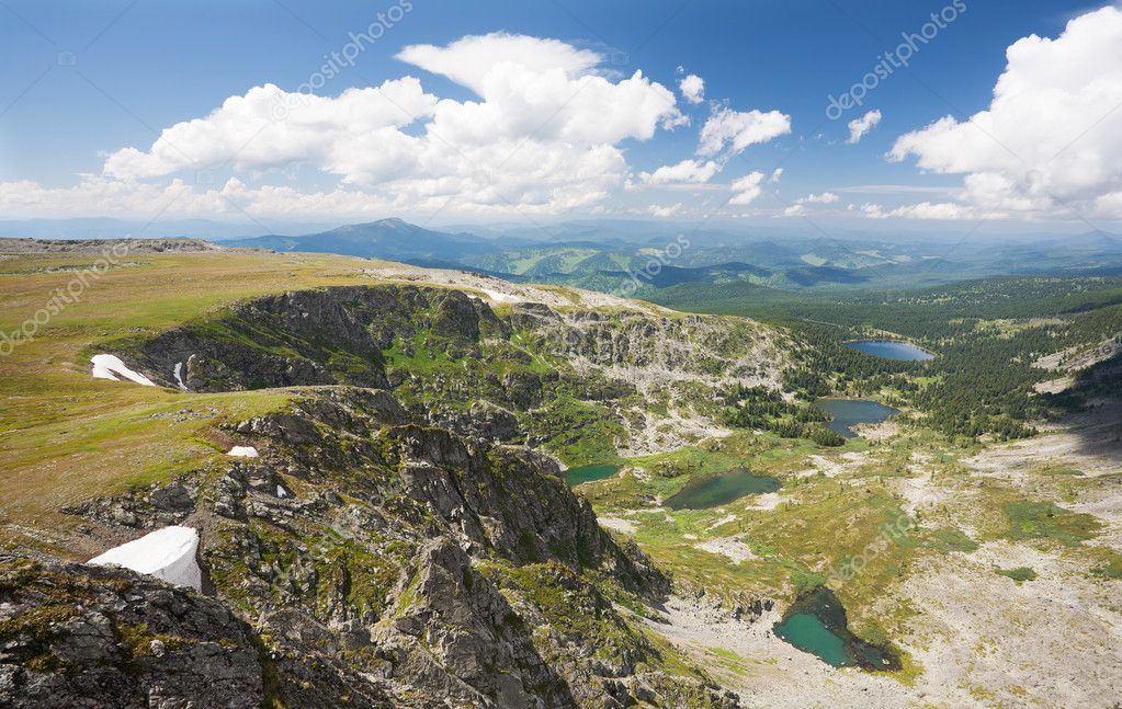 Top view of Karakol lakes in Altai mountains. Altai, Suberia — Stock Photo #7010307